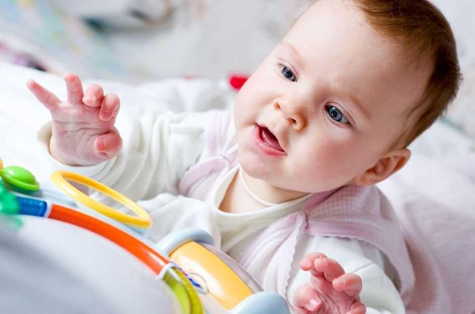 игрушки для ребенка в 4 месяца