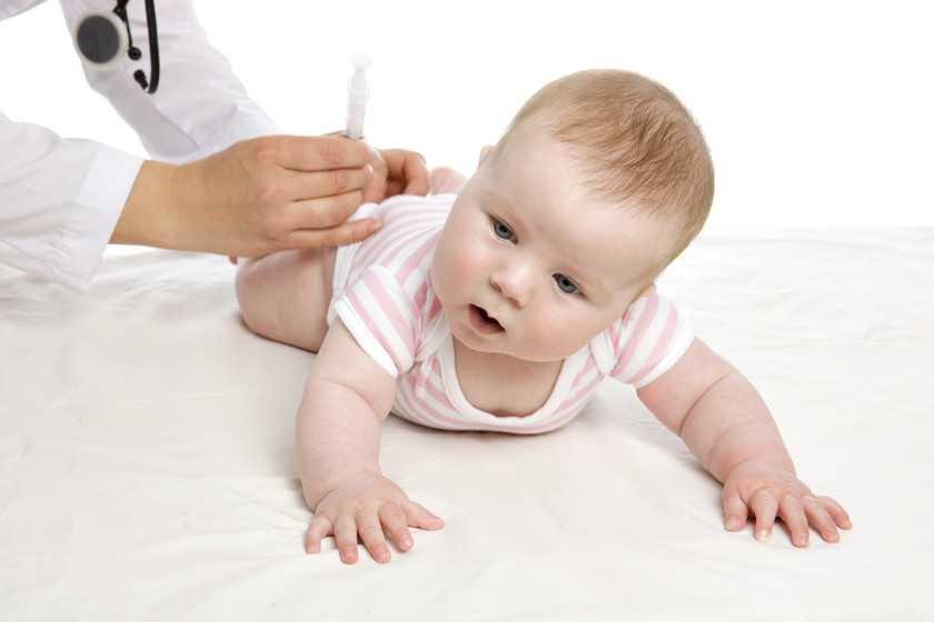 укол младенцу