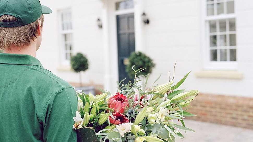 Особенности и преимущества доставки цветов