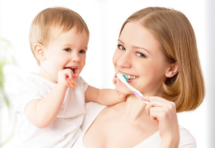С какого возраста надо ухаживать за зубами ребенку