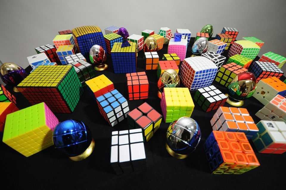 Как выбрать кубик Рубика?