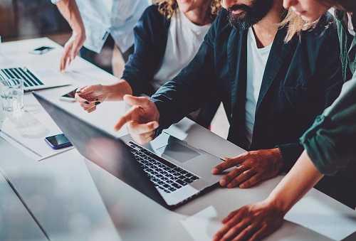Аттестация рабочих мест: как выбрать экспертов?